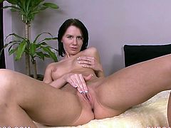 Lusty dark haired jade Kelly Klass gets her mouth banged tough by big cock