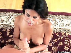 Senora Cassandra Cruz feels good with pulsating schlong in her hands