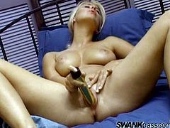 The gorgeous blonde cougar Kelly Norton enjoys the feeling of her filthy fingers inside her asshole as she fingers her hot pussy.