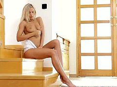 Amazing blonde dido angel fingers her pretty pussy