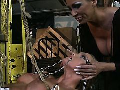 Blonde vixen Mandy Bright is on the way to orgasm with Kathia Nobilis tongue in her hole
