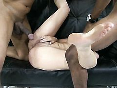 Nicole Diamond asks her man to fuck her sweet mouth