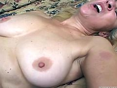 Insanely horny mature woman gives her lover a nice blowjob