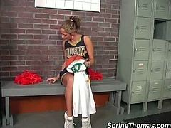 Spring Thomas brings you a hell of a free porn video where you can see how three black dudes bang a hot blonde cheerleader in the locker room while assuming hot poses.
