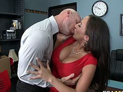 Full bosomed filthy chick Richelle Ryan presents hard BJ