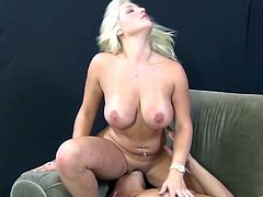 The gorgeous Dayna Vendetta gets her yummy pussy licked in the sexiest 69 while she gives the guy the sexiest blowjob and handjob.