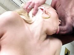 Marco Banderas gets his always hard man meat sucked by Katie Summers