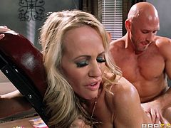 Get a load of this great hardcore scene where the horny blonde milf Simone Sonay gets an oil massage from her masseuse before being fucked silly.