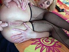 Dirty blond slut in black fishnets Kelly Wells gets ass fucked in mish pose