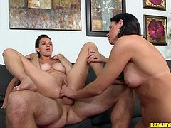 Tasty India Summer Goes Hardcore In A Wild Threesome