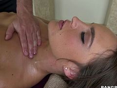 A big ass, sexy tits and a beautiful face are some of the things that make Teal a very attractive bitch. She sits on a massage table while she gets her amazing body oiled up. The masseur touches her round ass and then turns her over to rub her wet pussy. With that hard dick he got, he is going to fuck her deep in her mouth. Will he get a happy-ending?