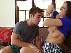 Hot blooded brunette tramp Nikki Daniels blows hard penis greedily