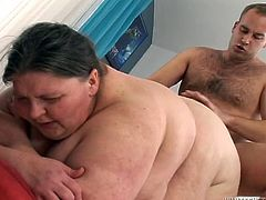 Weird young dude fucks intensively huge fat woman doggy and missionary style