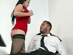 Busty boss Katrina Jade gets her sweet pussy eaten by Danny Mountain