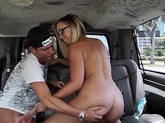 This blonde lady wearing glasses can be proud she accepted to step in the bang bus because the fun is all guranteed. Click to see her getting rid of her clothes and exposing her buttocks in front of the camera and her horny pussy. Chase seems very skillful at sucking dick. Don't believe me? Dare to watch!