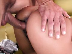 Nikky Thorne gets impaled on boner by horny man