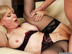Dane Cross loves always wet warm love hole of Nina Hartley