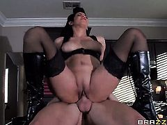 Senora Isis Love with gigantic breasts lets Johnny Sins put his cock in her pussy