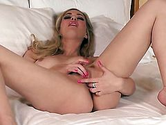 Sophia Knight gives a closeup of her love tunnel while masturbating with toy