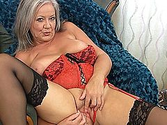 mature grenny april thomas she like to tease