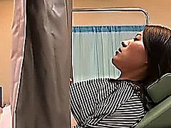 Gynecologist tricks Young Woman during an examination and even sticks his dick into the unsuspicious shy Girl. Spycam