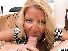 Robbye Bentley does lewd things and then gets her lovely face painted with cock juice