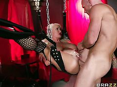 With big breasts gets skull pounded by Johnny Sins for your viewing enjoyment