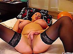 Sexy chubby huge titted amateur brunette Web Actress
