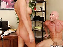 Alektra Blue gets fucked by Johnny Sins the way she loves it