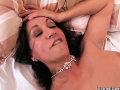 Glammed up seductress Persia Monir is in heat in steamy oral action with hot guy