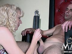 Two couples take the party to a more private room where they can fuck in peace. These swingers just want to get off each others partner!!