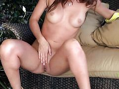 Capri Anderson proves that her body is just amazing after stripping