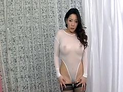 Nasty sex in sheer body milf