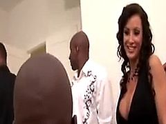 Infamous milf Lisa Ann in a bbc gang bang. Enjoy!