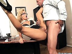 Aleska Diamond gets face pounded