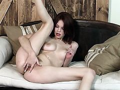 Bree Daniels cant stop playing with her love box