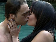 Angela (Alektra Blue) should be embarking on her dream honeymoon... hard to do when your fiance gets cold feet just before your nuptials. Depressed and confused, her best friend (Kaylani Lei) convinces her to make use of her non-refundable travel plans. Reluctantly, a bitter Angela heads to a posh couples resort alone. The place may be paradise, but it is the eclectic and hilarious cast of characters she meets that leave an impression. From the over-sexed and anal loving Martins to the delusional horny rock star to the sultry lesbians, these are truly some unforgettable vacationers!  One perso