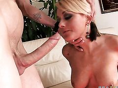 Criss Strokes shows nice sex tricks to Briana Blair with the help of his stiff worm