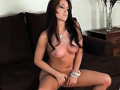 Jenna Presley with hairless pussy does her best to give herself the greatest orgasm ever