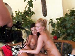 Adorably sexy sex kitten Jewel A and Silvia Saint have lesbian sex session of their lifetime