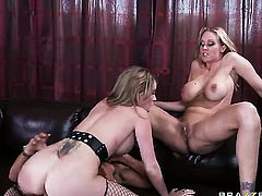 Keiran Lee fucks Courtney Cummz  Julia Ann with juicy boobs as hard as possible in anal porn action