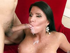 London Keyes enjoys pussy hole stretching in wild pornaction with Mark Wood