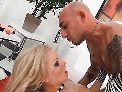 Lolli Moon loves getting her butthole used by Omar Galanti after she takes it in her mouth