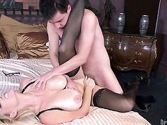 Charlee Chase gets face banged by Dane Cross the way she loves it