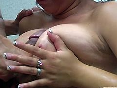 Freaky guy jizzed on armpit of his lusty brunette chick