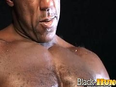 Zeb Atlas brings you a hell of a free porn video where you can see how this muscular black stud poses and masturbates for you while assuming very sexy positions.