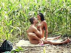 Endearing Babes With Medium Ass Getting Screwed Outdoor