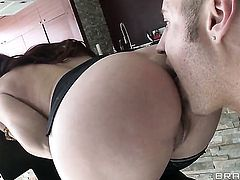 Danny Mountain whips out his snake to fuck Tiffany Mynx