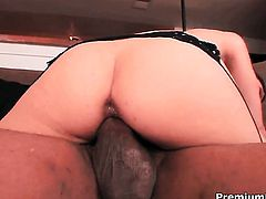 Mina Leigh does her best to make hot guy explode in interracial hardcore action