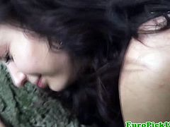 Public Pick Ups brings you a hell of a free porn video where you can see how this amateur brunette slut gets banged pov style in the park while assuming very hot positions.